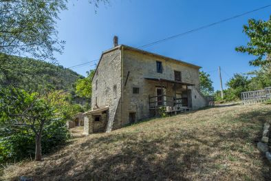 FAMRHOUSE TO BE RESTORED FOR SALE, SAN GIUSTINO, UMBRIA, CITTÀ DI CASTELLO, COUNTRYSIDE, FARMHOUSE, COUNTRY HOUSE