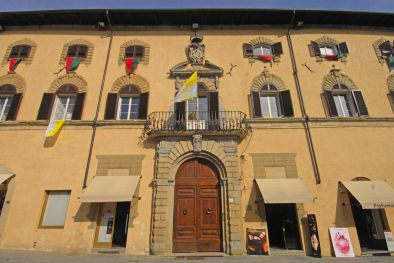 SANSEPOLCRO, TUSCANY: APARTMENT FOR SALE IN THE HISTORICAL CENTRE