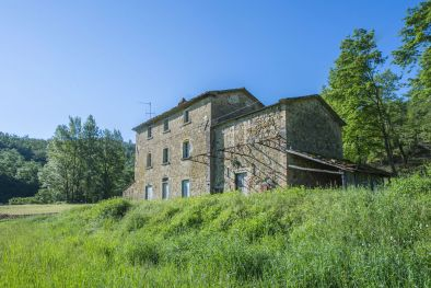 TYPICAL RUSTIC FARMHOUSE FOR SALE IN CITTÀ DI CASTELLO, UMBRIA | Romolini - Christie's