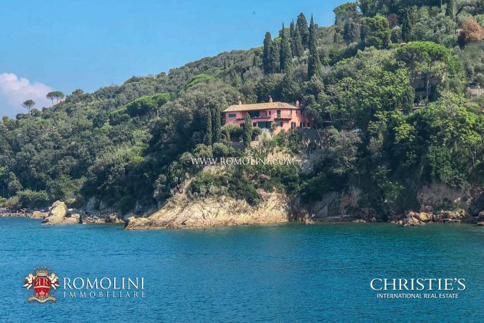 VILLA WITH PRIVATE SEA ACCESS FOR SALE ARGENTARIO