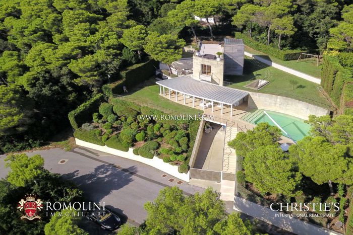 SEA VIEW VILLA FOR SALE IN ROSIGNANO MARITTIMO, TUSCANY