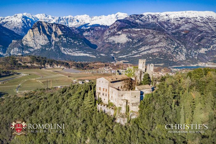 CASTLE FOR SALE IN ITALY, TRENTINO-ALTO ADIGE